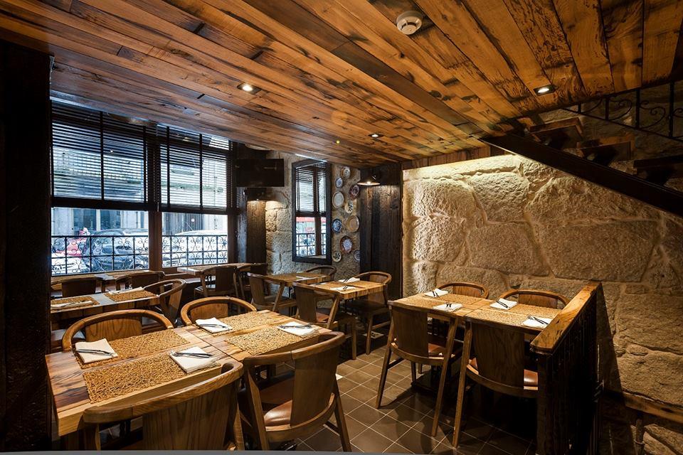 Interior 2 Brasão cervejaria