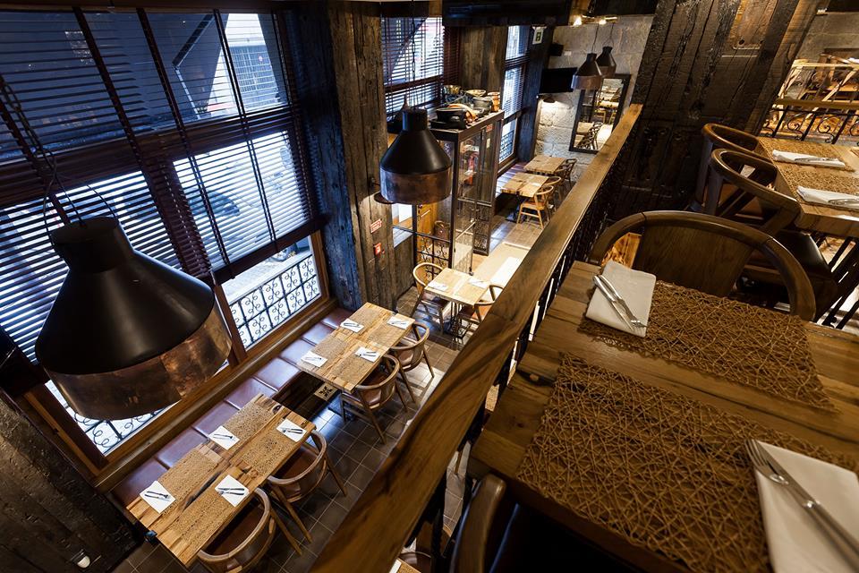 Interior Brasão cervejaria